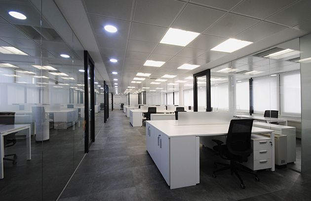 Corporate office refurbishment for a prominent naval company in Madrid|||